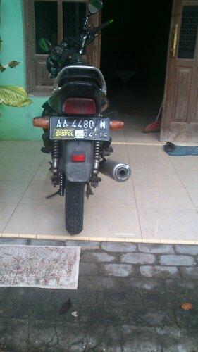 motor saya ikutan miring
