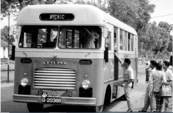 Sejarah Leyland Titan Bus Tingkat Pertama Di Indonesia Awansan