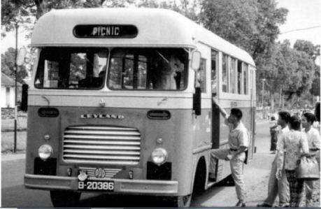 Image result for bus robur jakarta