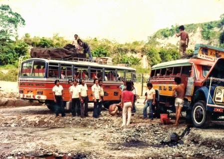 Hasil gambar untuk bus als jadul